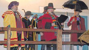 Das war's. Das Aulendorfer Narrengericht fällte sein Urteil und setzte  damit der diesjährigen Fasnet ein jähes Ende.